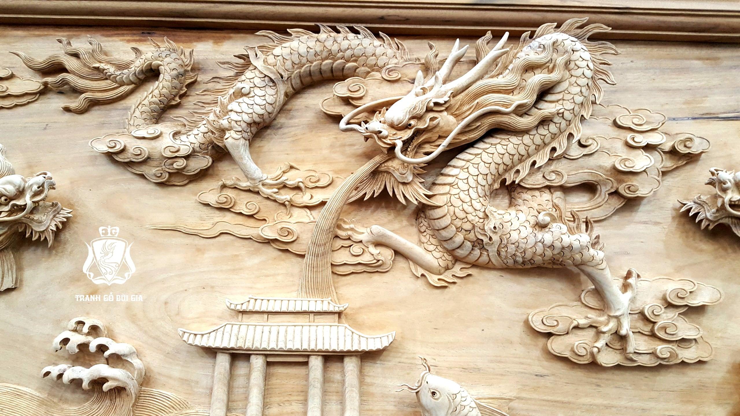 Tranh gỗ Cá Chép Hóa Rồng. Đục Tay Lớp Vảy Kép Của Rồng Cực Đỉnh.