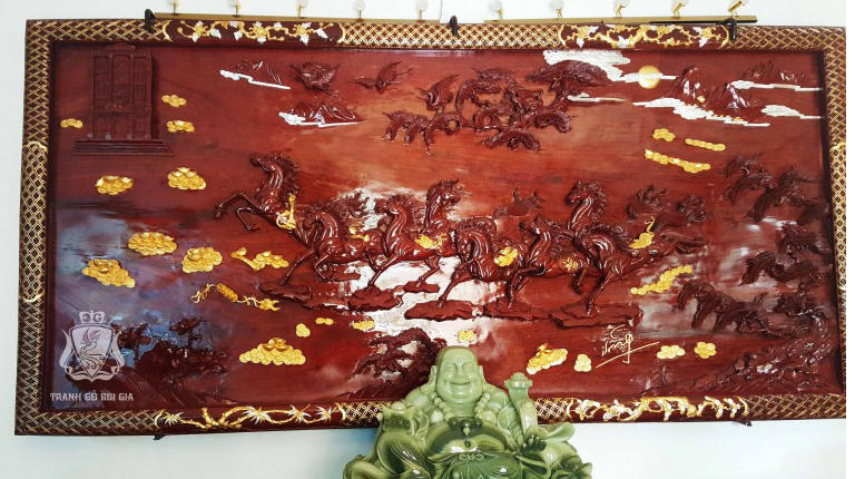 Tranh gỗ Mã Đáo Thành Công. Dát Vàng 9999 Trên Phản Gỗ Nghìn Năm