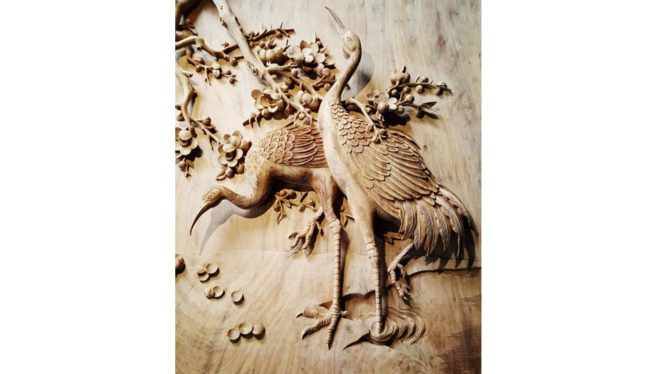 Tranh gỗ MAI HẠC TRƯỜNG XUÂN. Mẫu Tranh Gỗ Gụ Đục Tay Đẹp Nhất Từ Trước Đến Nay